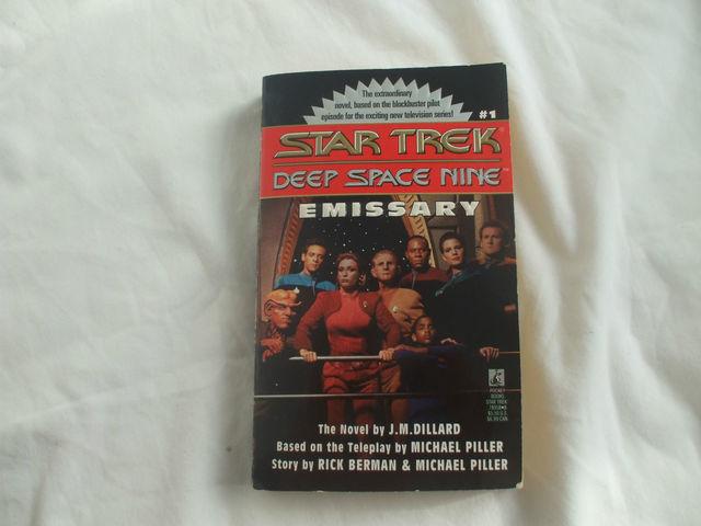 Collectors Star Trek Deep Space Nine Emissary Paperback