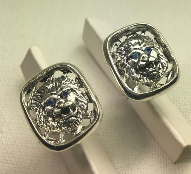 lion Head Blue saphire Mens sterling silver cuff links